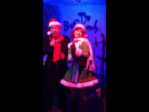 "Luon Nguyen singing Karaoke ""Toi Van Nho"" 2013 Houston  Texas"