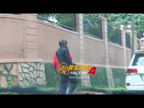 URA storm Jose Chameleone's home in Seguku and take his Toyota Land Cruiser V8