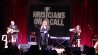 "Reba ""One Promise Too Late"" at Musicians On Call"