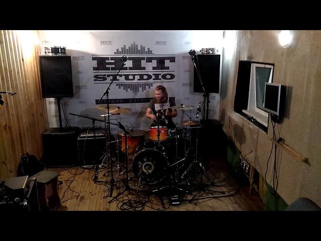 Запись барабанов для новых песен
