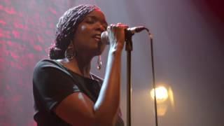Awa Ly Live Café De La Danse Paris
