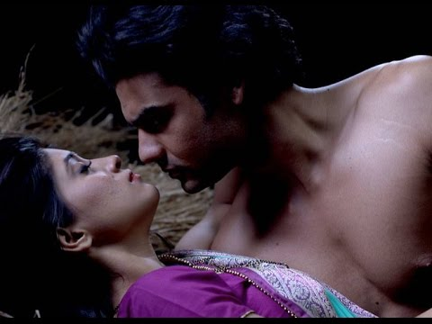 Poonam and Lakhan's HOT seen from Begusarai