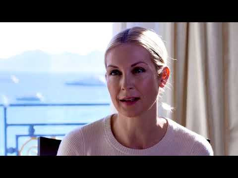 the essentials: Kelly Rutherford