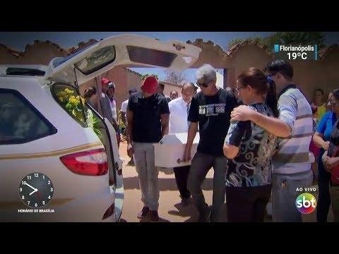 Aumenta o número de mortos na tragédia em creche de Janaúba   SBT Brasil (07/10/17)