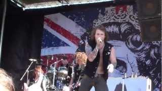 Asking Alexandria- Dear Insanity Live Mayhem Festival 2012