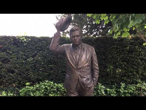 Dirch Passer Statue from YouTube · Duration:  34 seconds