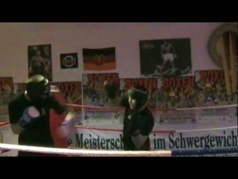 Boxclub Red Dragon - Trailer.wmv