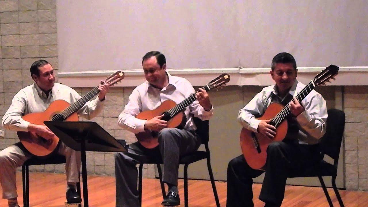 Chilena ecuatoriana casa de la m sica ensamble de for Casa musica chile