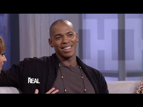 Mehcad Brooks on Playing the First Black Jimmy Olsen
