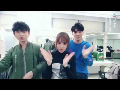 SpeXial-偉晉&邱鋒澤&吳心緹   如果我是你手勢舞