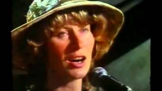 Shirley Collins, Martin Carthy & the Albion Band : Bonny Labouring Boy (better quality)