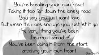 Kelly Clarkson - Breaking Your Own Heart [Lyrics On Screen + Download Link]