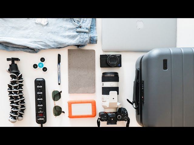 WHAT'S IN MY TRAVEL BAG | Carry-On & Camera Equipment