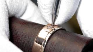Мгновения творчества: обручальные кольца(Дизайн обручальных колец — всегда нечто большее, чем просто разработка ювелирного изделия. Украшения,..., 2016-04-21T11:02:37.000Z)