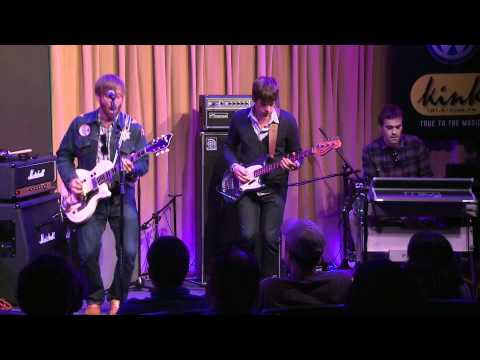 The Black Keys - Howlin' For You (Bing Lounge)