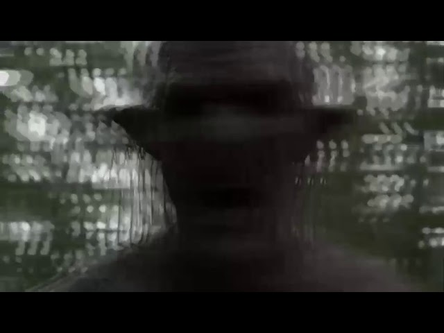 لقطة من فلم رعب بتصرف . لا انصحك مشاهدة الفيديو إن كنت تخاف نارييييي
