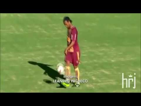 Ronaldinho_Freestyle_Tricks