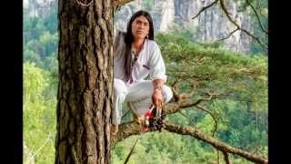 "Leo Rojas - ""Albatross"" -  Colors Of The Rainbow (2013)"
