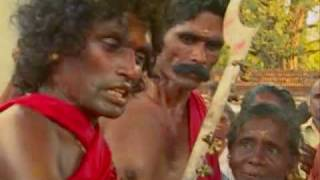 KODUNGALLUR BHARANI PAATTU -PART 1.wmv
