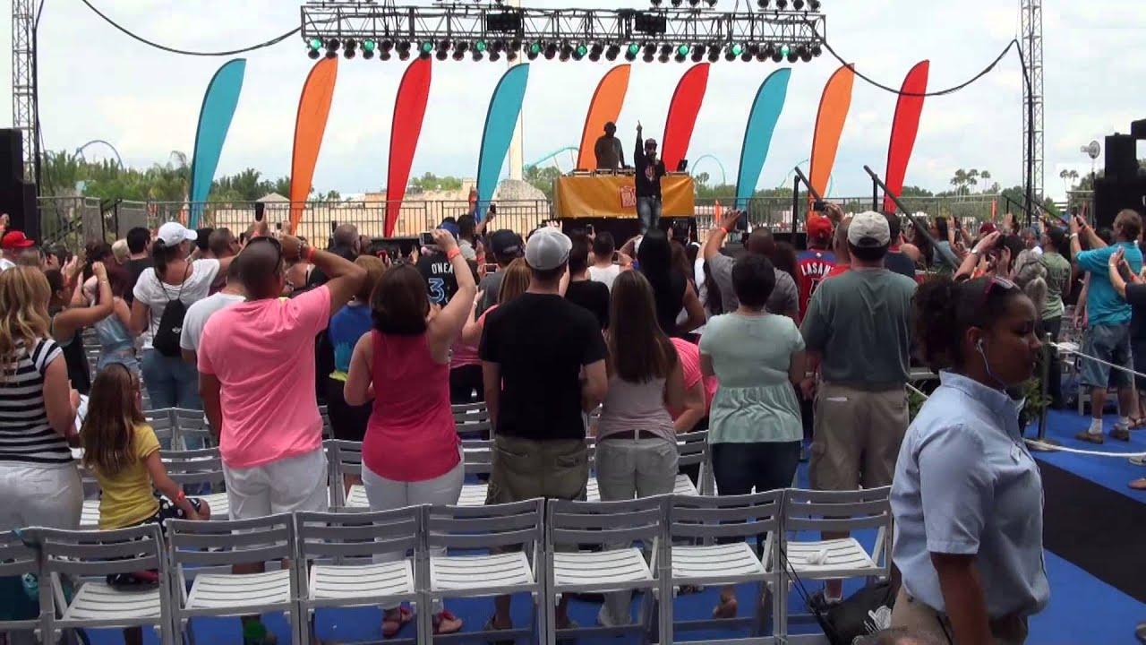 Download SeaWorld Orlando 2013 Viva la Música with Daddy Yankee
