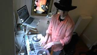 Techno & House Mix Set - Futurebound NYC mixes by DJ Peter Munch - 4.27.2012 (1/4)