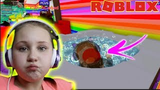 DANCING IN THE HOT TUB!! Meep City Roblox with Ruby Rube