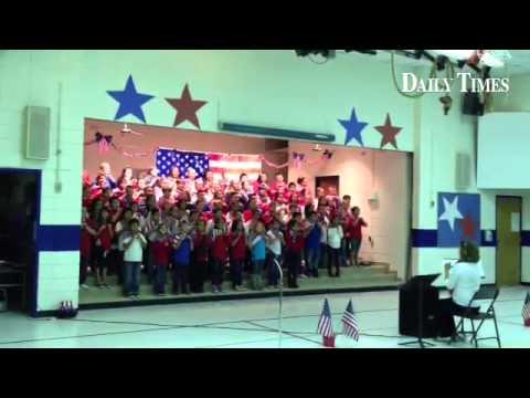 Bluffview Elementary School fourth graders celebrate Veterans Day