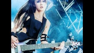 Doris Yeh Chthonic : Bassis Cantik Yang Memainkan Musik Metal