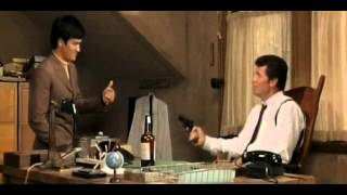 Bruce Lee playing silly buggers in the movie Marlowe 1969