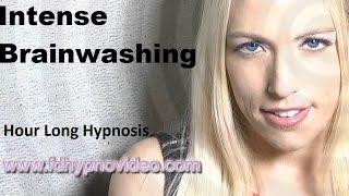 Female Hypnotist Caroline Lafave