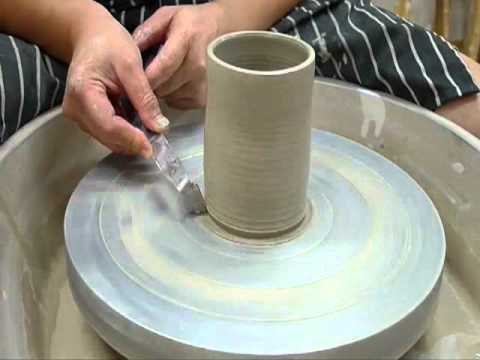 Wheel throwing for beginners 4/4 - Clay Craft Malaysia