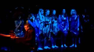 Björk - Sacrifice @ Live Zenith Paris 08/03/13