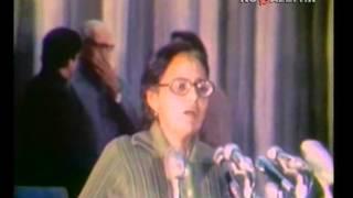 Индийские женщины поют советские песни
