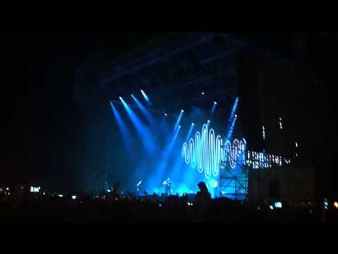 Arctic Monkeys - No. 1 Party Anthem - Live Villafranca Di Verona