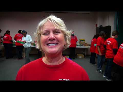 Honda Associates Lend a Hand with Operation Christmas Child