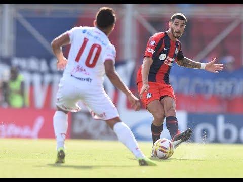 altText(Superliga: San Lorenzo y Huracán empataron sin goles en un partidazo.21 de enero de 2019 (DERF))}