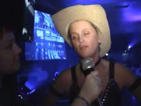 Dance Music Awards 2004 Crowd Interviews