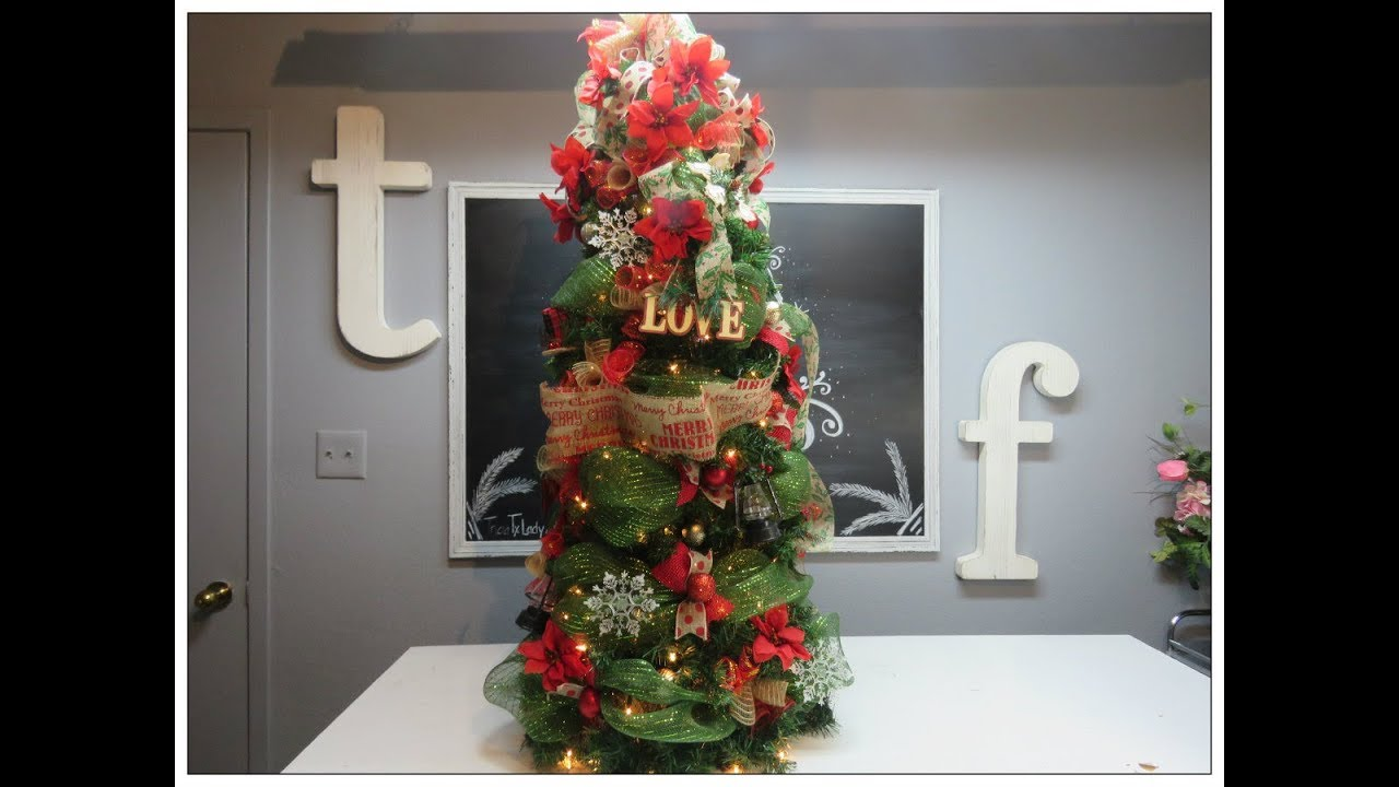 tricias christmas garland and deco mesh christmas tree using tomato cage - Tomato Cage Christmas Tree With Mesh