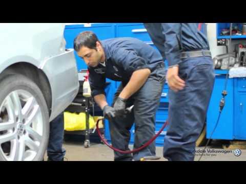 Service Department: Yorkdale Volkswagen