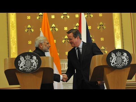 PM Modi & Prime Minister of UK, David Cameron at the Joint Press Statement in London