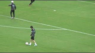 横浜Fマリノス戦、ウォーミングアップ終盤の中村俊輔選手のリフティング...