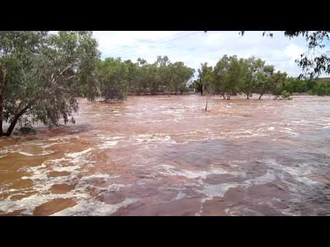 """Todd River flowing at """"The GAP"""" in Alice Springs - 9th Jan 2010"""