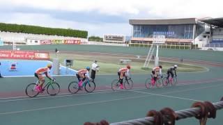 ヴィクトワール広島・よしもと自転車部 対決。
