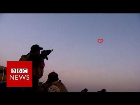 Mosul offensive: 'IS drone flew right over our heads' - BBC News