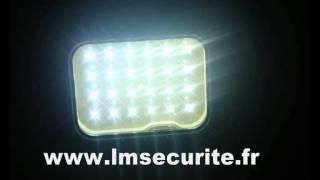 PROJECTEUR  AUTONOME  PELI  24  LED