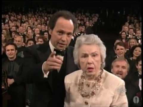 Fay Wray and Billy Crystal at the Oscars