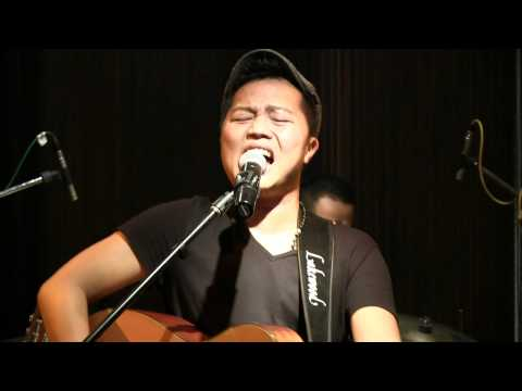 Sandhy Sondoro - End Of The Rainbow @ Mostly Jazz 04/05/12 [HD]
