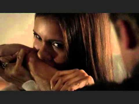 The Vampire Diaries - 4x03 - Elena Loses Control With Matt; Damon Stops Her.