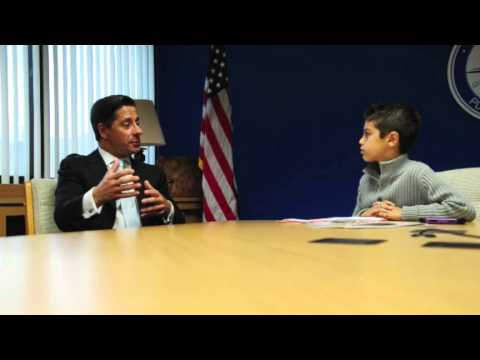 The Kiddos Kid Reporter and Superintendent Alberto Carvalho Interview