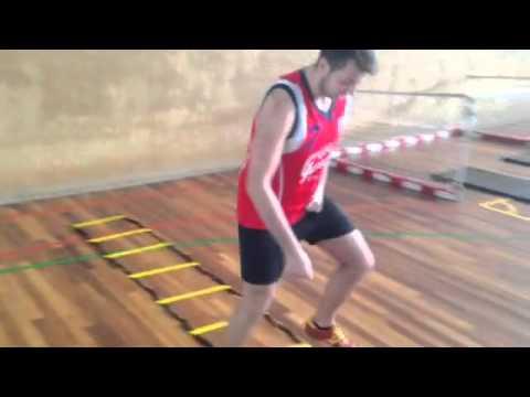 Entrenamiento funcional con futsal youtube for Entrenamiento funcional